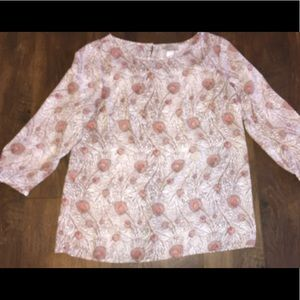 Ann Taylor LOFT Blouse Feather Print sz SM~EUC